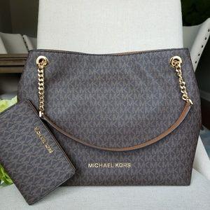 Michael Kors Shoulder Bag And Wallet set Brown MK